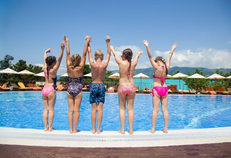 Jogo de crianças na associação no recurso imagem de stock royalty free