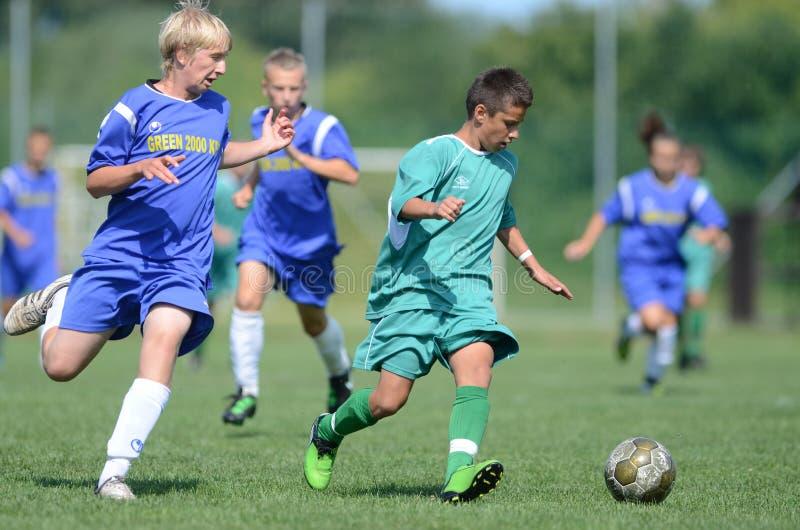 Jogo de futebol de Kaposvar - de Baja U14 foto de stock