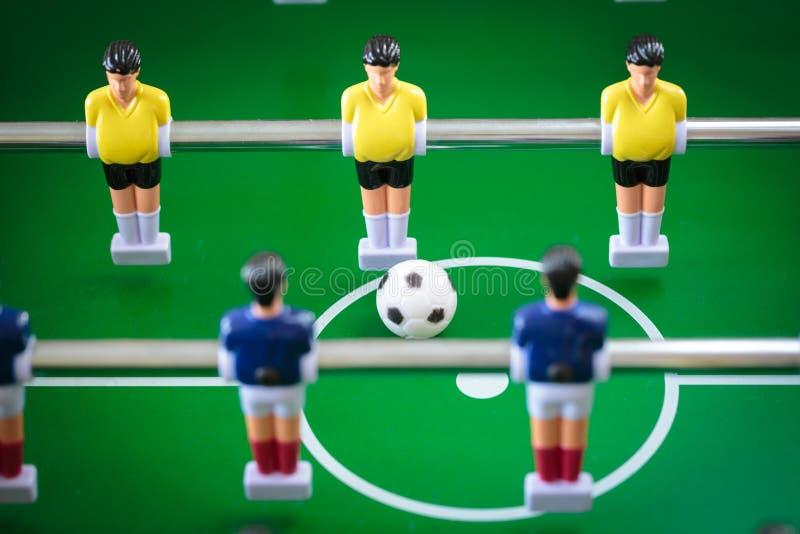 Jogo de futebol do retrocesso foto de stock royalty free