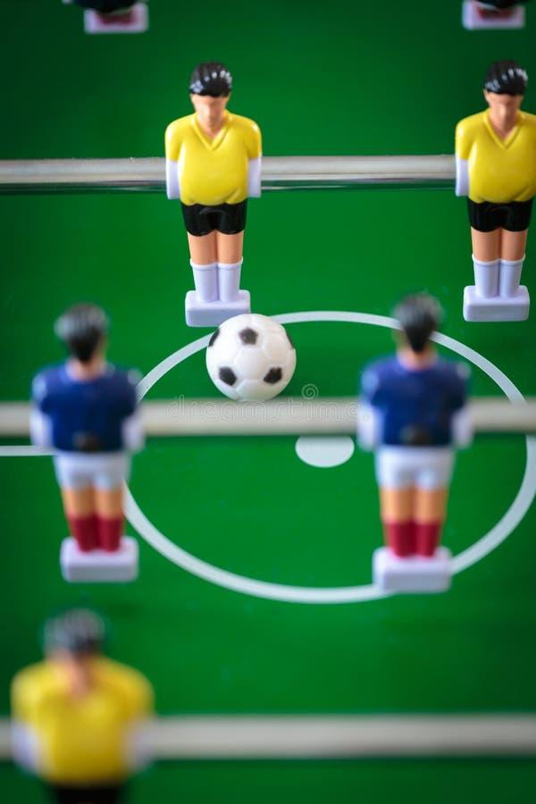 Jogo de futebol do retrocesso imagens de stock