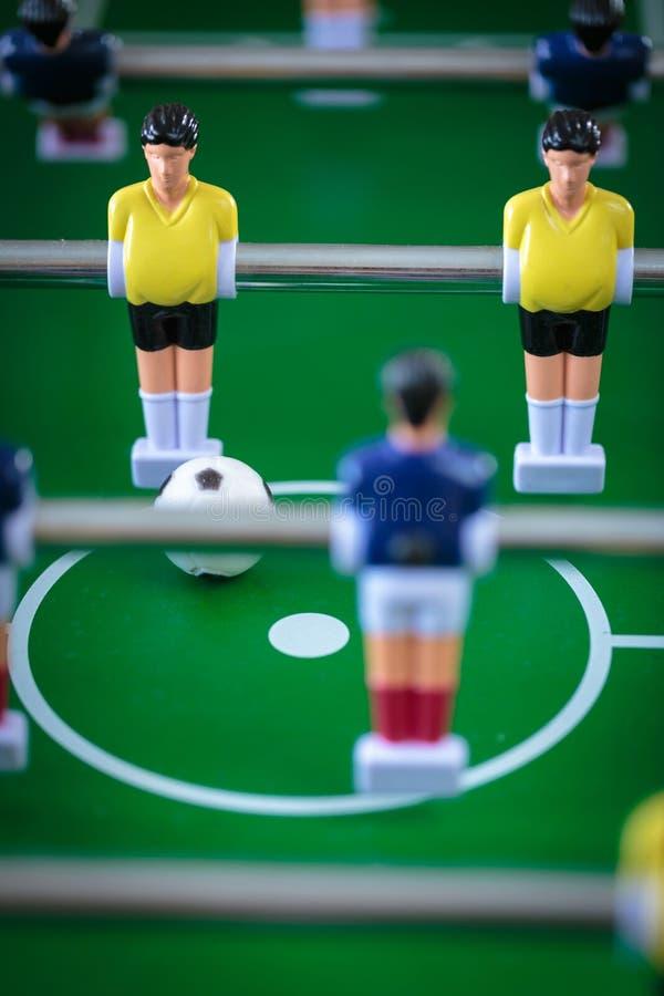 Jogo de futebol do retrocesso foto de stock