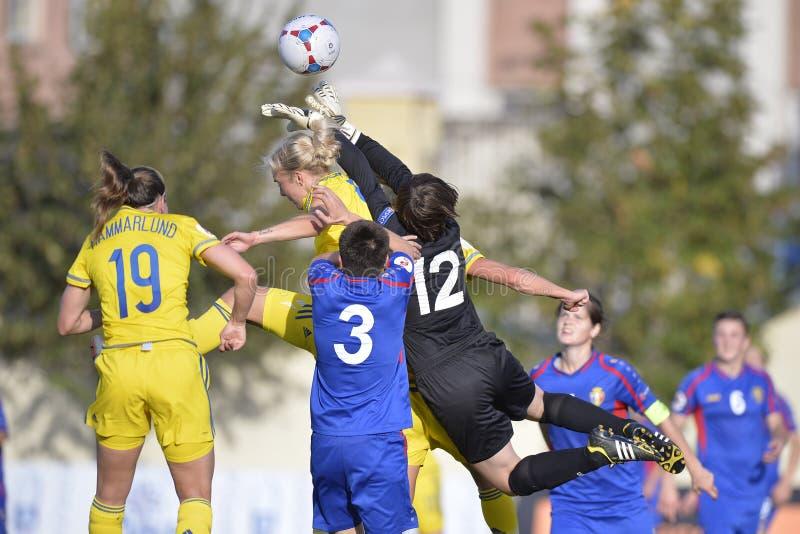 Jogo de futebol fêmea fotografia de stock