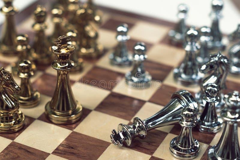 Jogo de mesa da xadrez, conceito competitivo do neg?cio fotos de stock