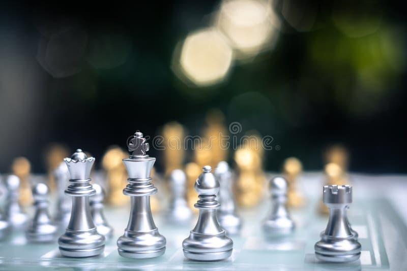 Jogo de mesa da xadrez, conceito competitivo do neg?cio imagem de stock