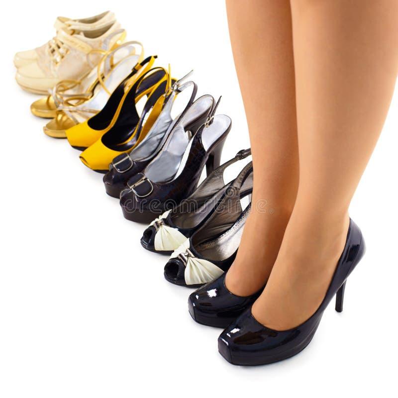 Jogo de sapatas do verão para a mulher moderna imagens de stock