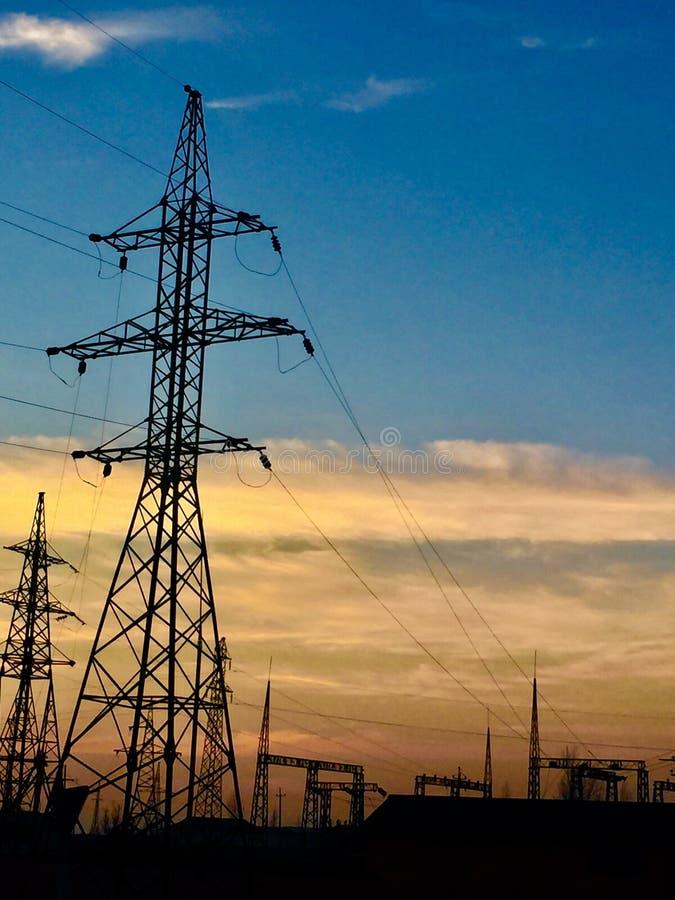 Jogo de Sun Pólos elétricos grande fotos de stock