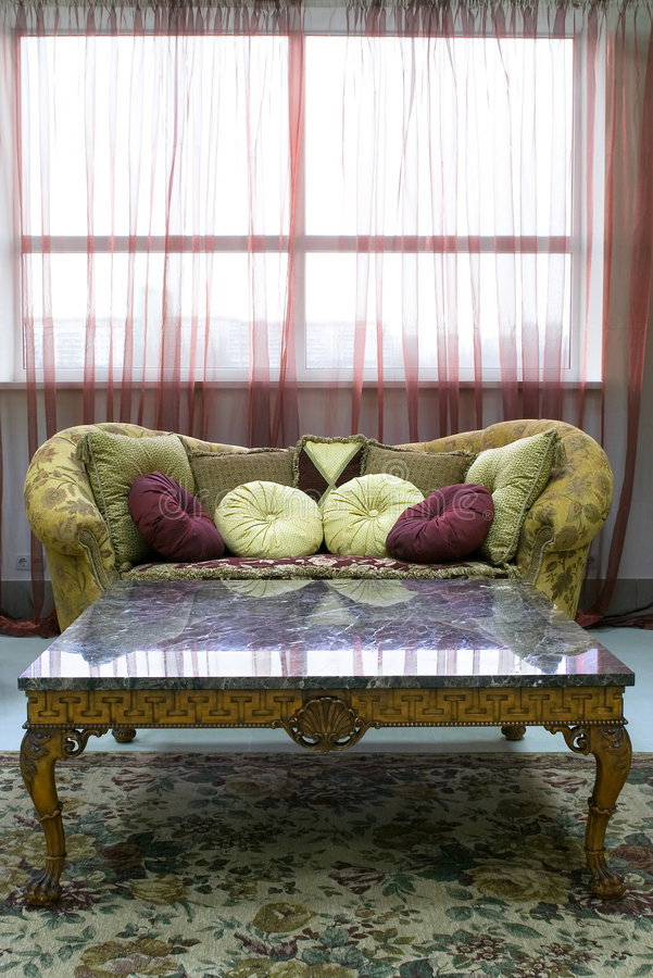 Jogo luxuoso clássico da mobília fotografia de stock