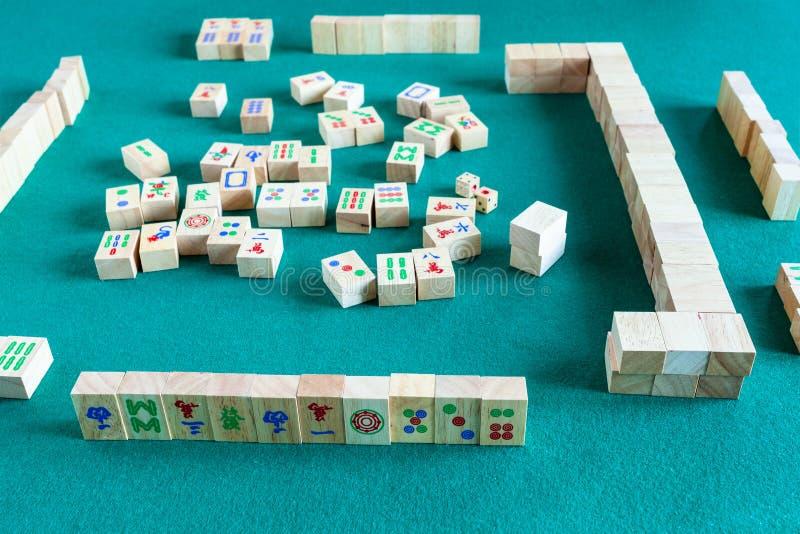 Jogo no jogo de mesa do mahjong fotos de stock royalty free