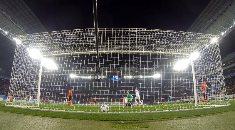 Download Jogo Shakhtar Da Liga De Campeões De UEFA Contra O Real Madrid Foto Editorial - Imagem de arena, atleta: 65577106