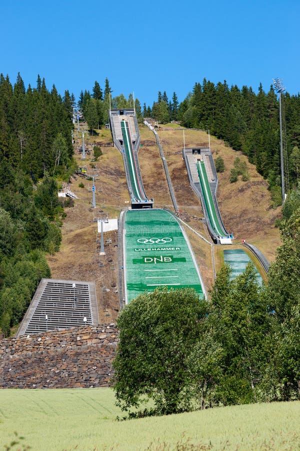 Jogos Olímpicos abandonados Ski Jumping Springboard do inverno fotografia de stock