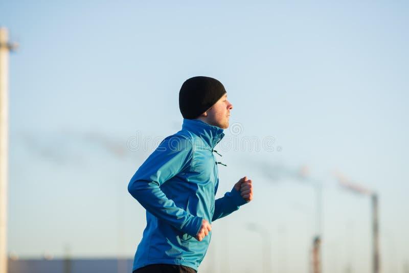 Jogue esportes e conduza um estilo de vida ativo fotos de stock
