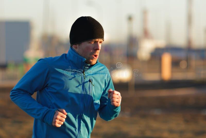 Jogue esportes e conduza um estilo de vida ativo fotografia de stock royalty free