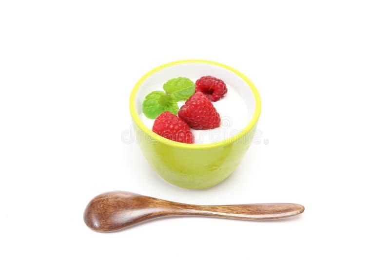 Jogurt z malinką fotografia stock