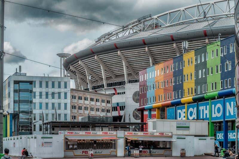Johan Cruijff ArenA Früher als Amsterdam ArenA bekannt Arenapark, Fußballstadion stockbild