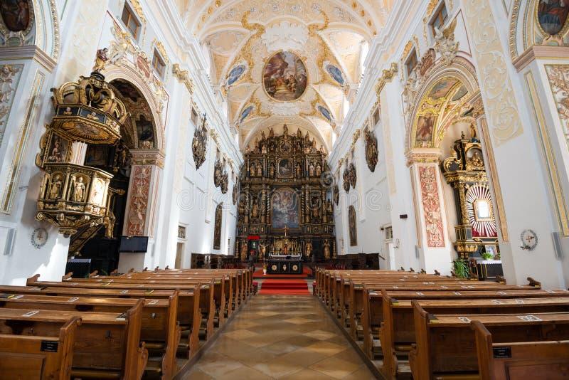 Johannes die Baptistkathedrale in Trnava, Slowakei lizenzfreies stockfoto