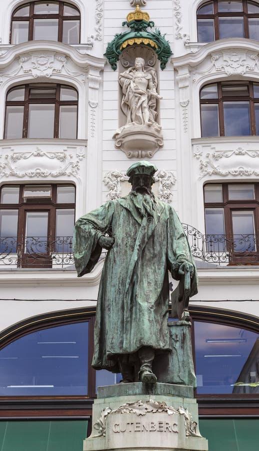 Johannes Gutenberg Monument royaltyfria foton