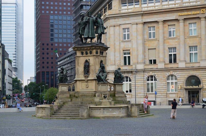 Johannes Gutenberg monument Frankfurt royaltyfri bild