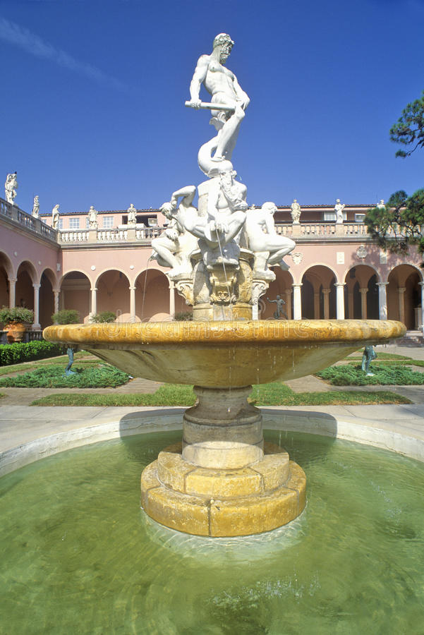 John και Μουσείο Τέχνης της Mabel Ringling, Sarasota, Φλώριδα στοκ εικόνα με δικαίωμα ελεύθερης χρήσης