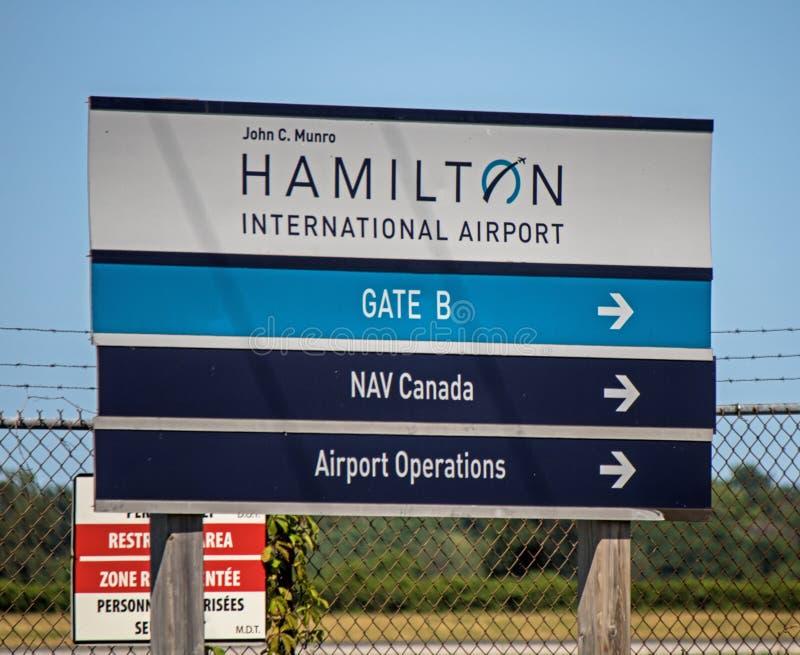 John C Het Teken van Munro Hamilton International Airport Gate B stock afbeelding