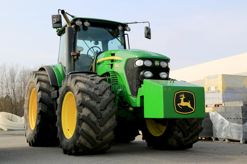 John Deere 7830 Agricultural Tractor royalty free stock images