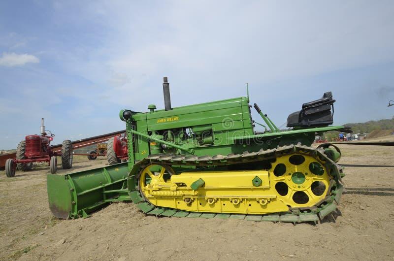 John Deere Bulldozer ristabilito fotografia stock libera da diritti