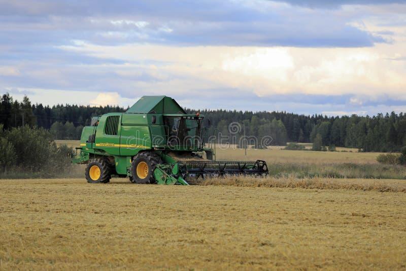 John Deere Combine Grain Harvest stock afbeelding