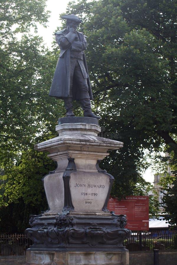 John Howard skulptur Bedford UK royaltyfri fotografi