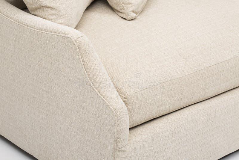 John Lewis et les associ?s Bailey RHF Chaise End Sofa Bed, un sofa de luxe inspir?e par conception italienne, Amalfi a la tapisse photo stock