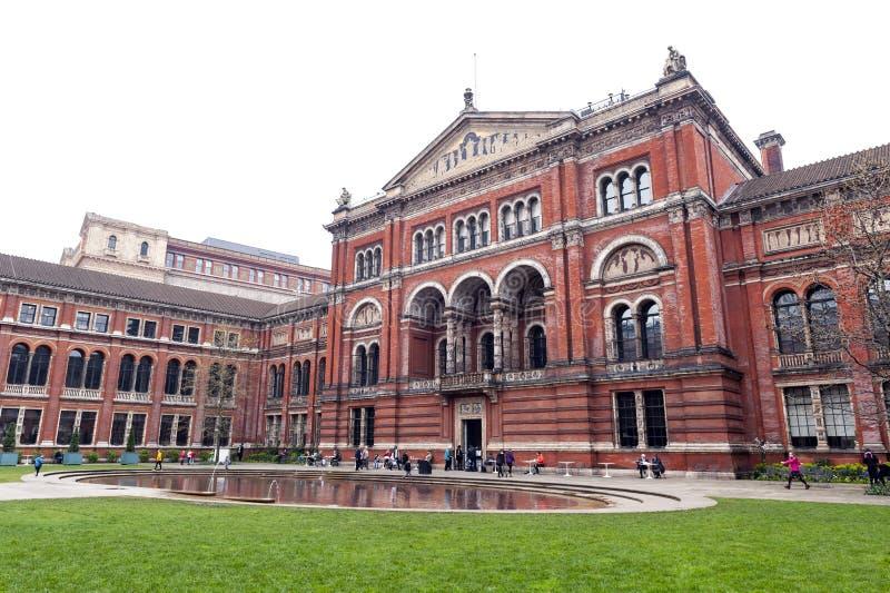John Madejski Garden no pátio interno de Victoria e de Albert Museum, no museu o maior do ` s do mundo de artes decorativas e de  imagens de stock