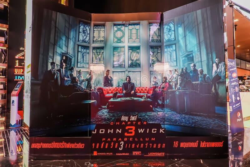 John Wick Model With uma pessoa de p? bonita de um filme chamou a exibi??o da exposi??o de John Wick Chapter 3 Parabellum no cine foto de stock royalty free
