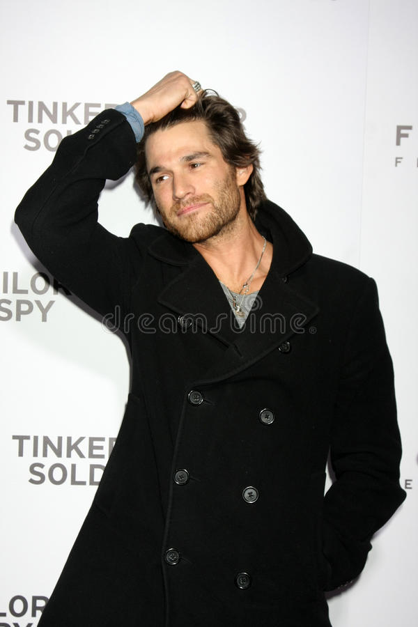 Download Johnny Whitworth editorial stock photo. Image of arclight - 22467413