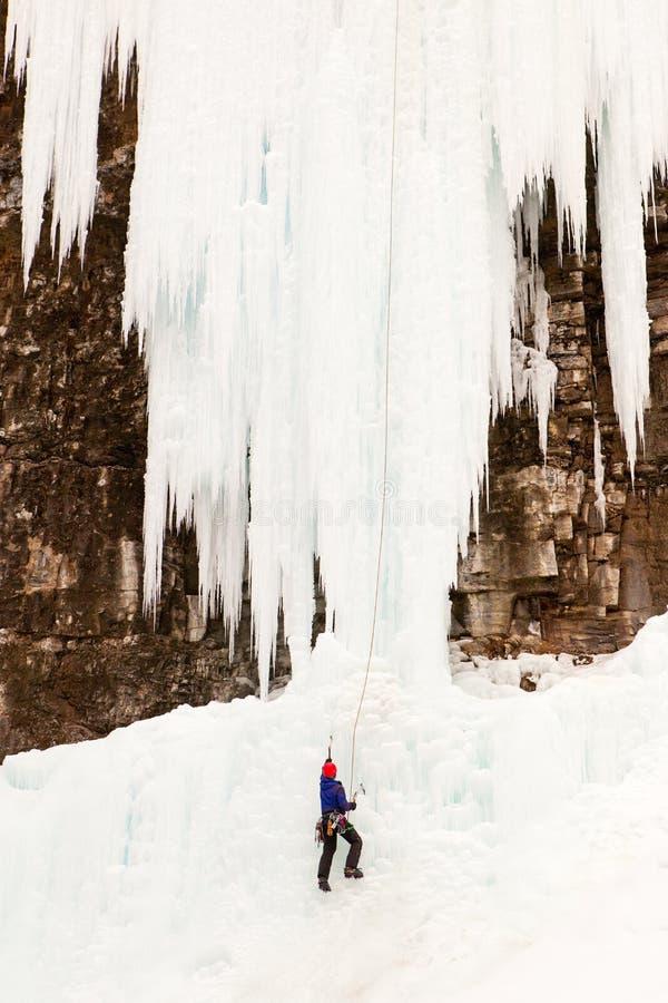 Johnson superiore cade scalatore su ghiaccio fotografia stock