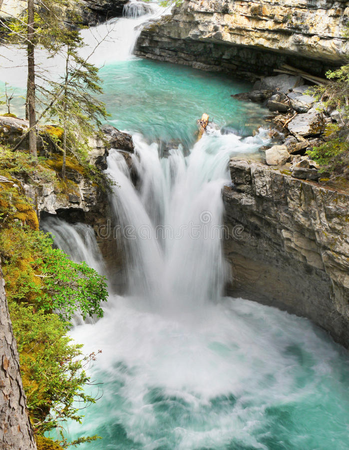 Johnston Canyon Falls, Banff NP images stock