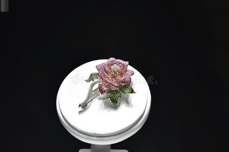 Joia da flor do diamante foto de stock
