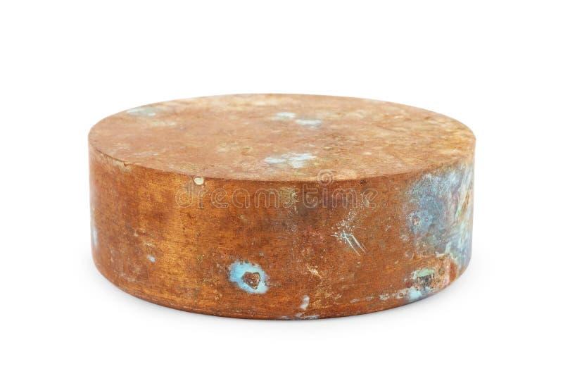 Joints de cuivre de fond d'isolement, garnitures sur un fond d'isolement, joints de cuivre plats de fond d'isolement, cuivre rond photos libres de droits