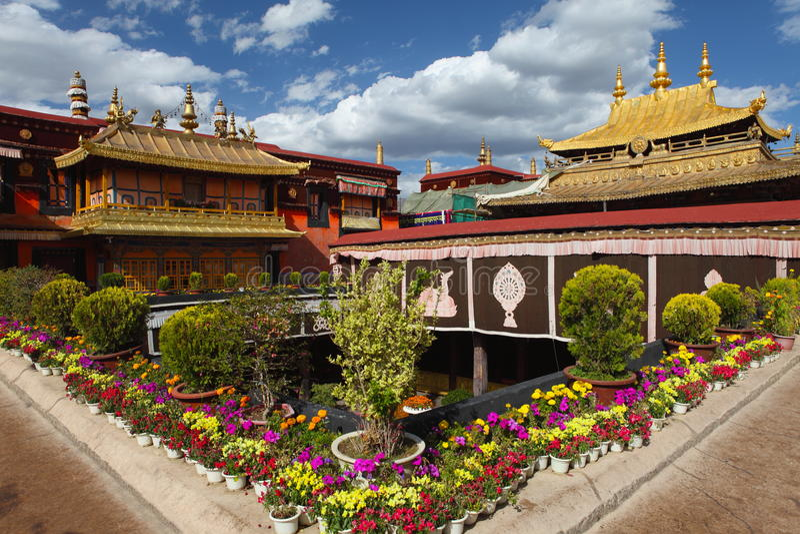Jokhang tempel arkivfoton