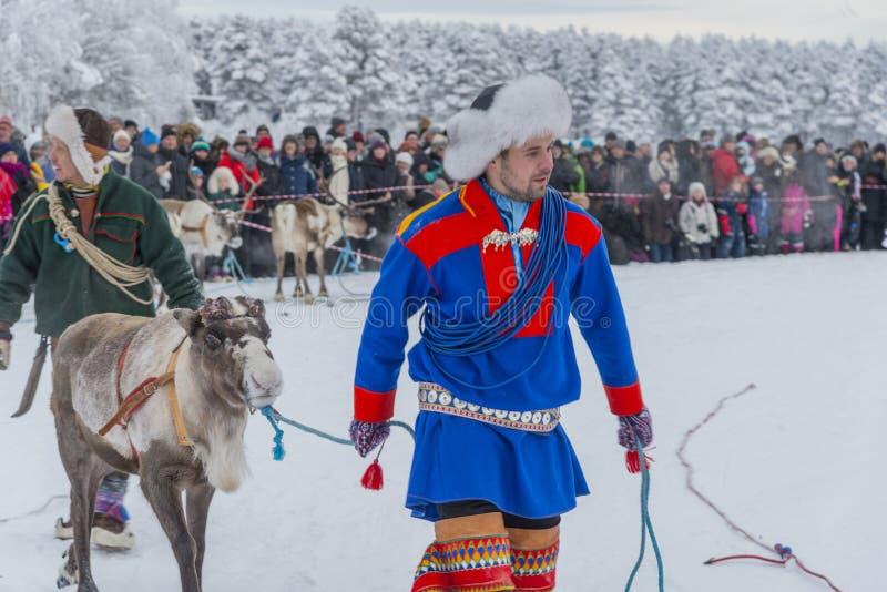 Jokkmokk vintermarknad 2019, en Sami händelse, Norrbotten, Sverige, loppet arkivfoto