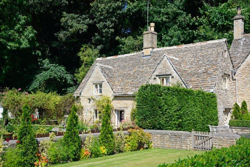 Joli cottage de Cotswold, Bibury images stock