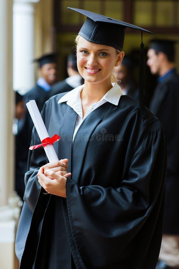 Joli diplômé d'université image libre de droits