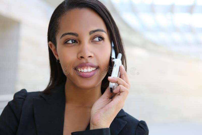 Jolie femme d'affaires d'Afro-américain photographie stock