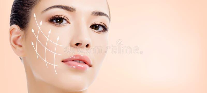 Jolie verticale de femme Concept anti-vieillissement image stock