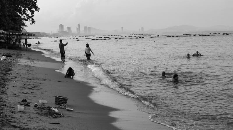 Jomtien-Strand ist ein schöner sandiger Strand stockfotos