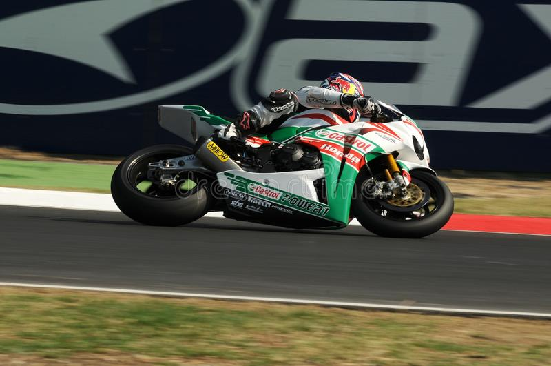 Jonathan Rea GBR Honda CBR1000RR Castrol Honda in actie tijdens de Superbike-Praktijk in Imola Circuit royalty-vrije stock foto