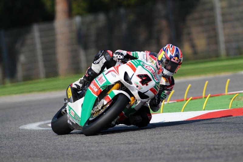 Jonathan Rea GBR Honda CBR1000RR Castrol Honda i handling under Superbikeövningen i Imola Circuit royaltyfri foto