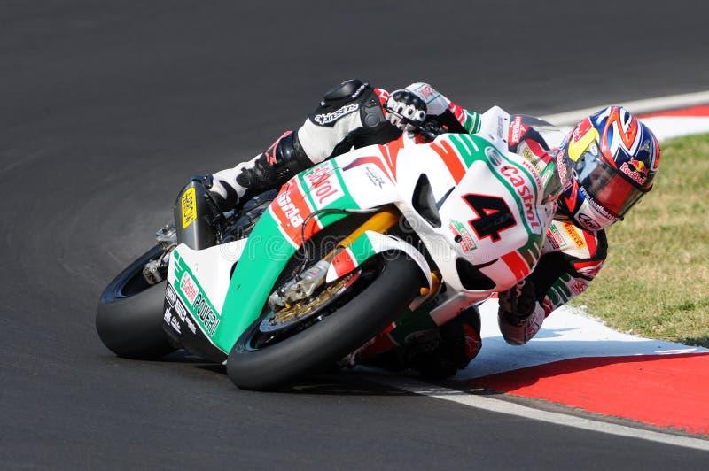 Jonathan Rea GBR Honda CBR1000RR Castrol Honda i handling under Superbikeövningen i Imola Circuit arkivbild