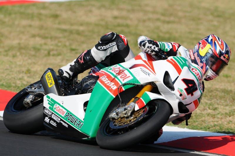 Jonathan Rea GBR Honda CBR1000RR Castrol Honda w akci podczas Superbike Ćwiczy w Imola obwodzie obrazy stock