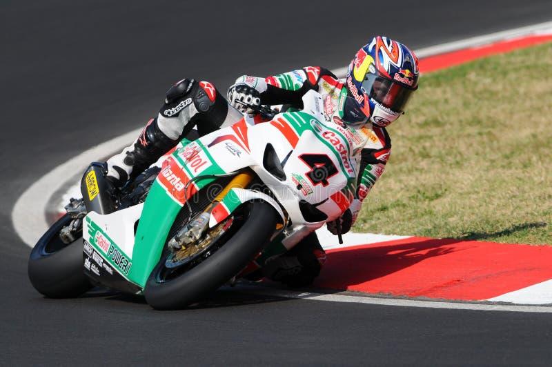 Jonathan Rea GBR Honda CBR1000RR Castrol Honda w akci podczas Superbike Ćwiczy w Imola obwodzie obraz royalty free