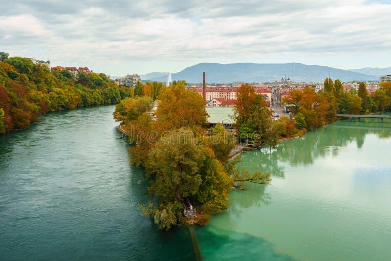 Jonction du Rhône et de l'Arve photo libre de droits