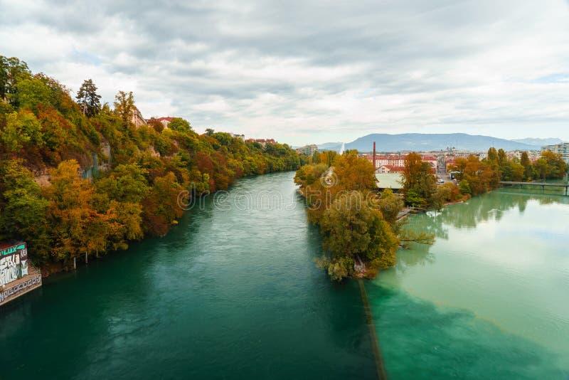Jonction du Rhône et de l'Arve photographie stock libre de droits