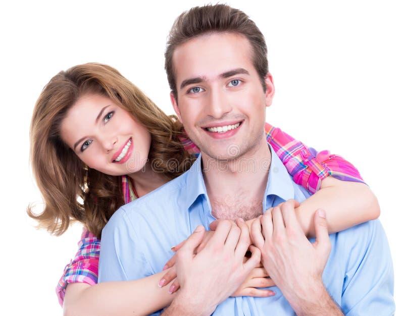 Jong aantrekkelijk paar die zich in studio bevinden. royalty-vrije stock foto
